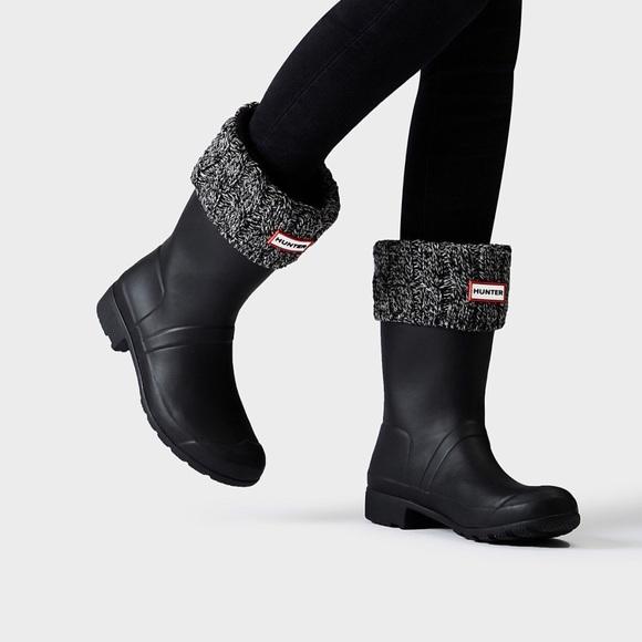 27c5d4a5c Hunter Original Six-Stitch Cable Short Boot Socks.  M_5a78afa361ca1054439f846b